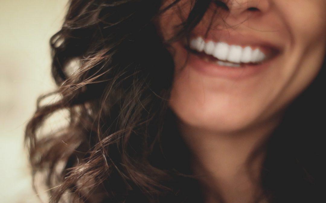 Slip af med blister og hævelse i tandkødet