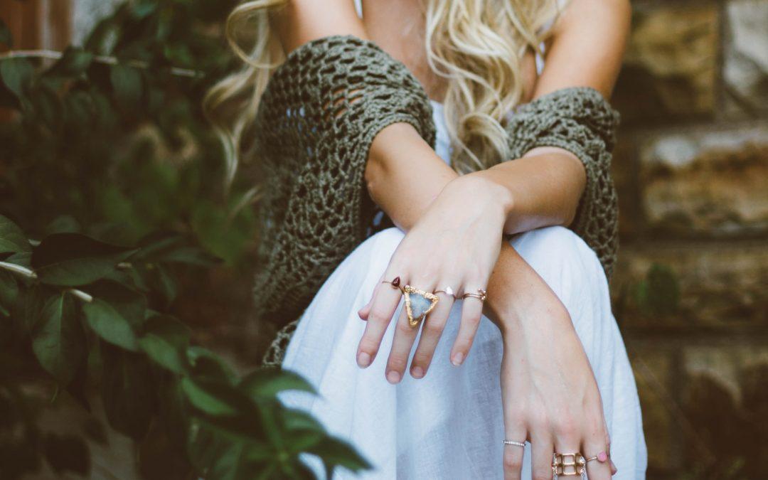 Sådan raffinerer du dit outfit med smykker