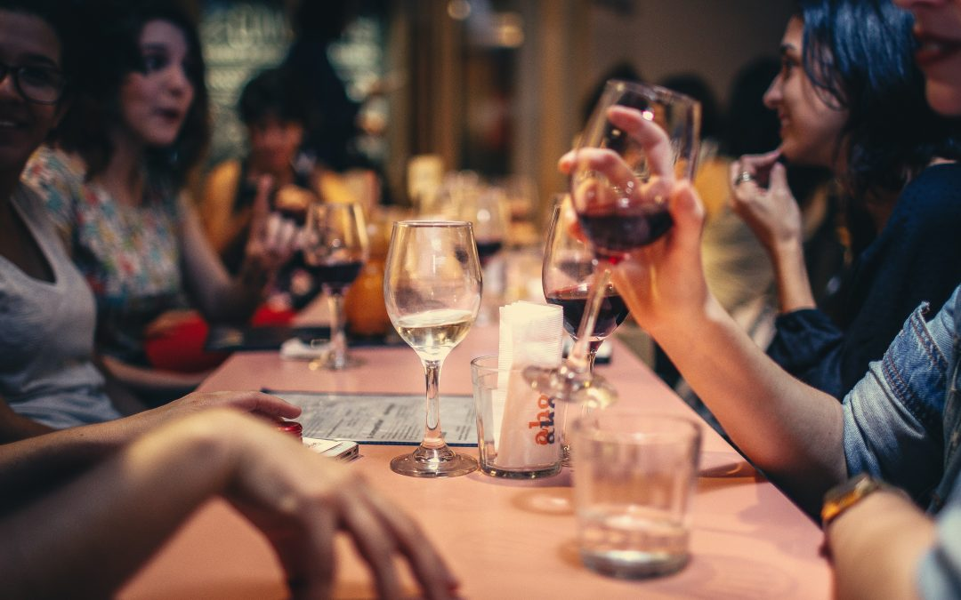 Sådan vælger du den rette vin på en restaurant